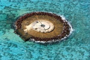 沖 ノ 鳥 島 は ど う 見 て も 岩