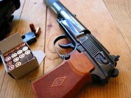 【画像あり】サイレンサー付けた銃の格好良さは異常。