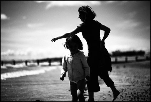 父に線香をあげるため母と父実家に行ったら、腹違いの妹とその母親と遭遇
