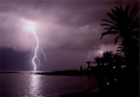自分でもよく分からないが雷だけはなぜかダメ