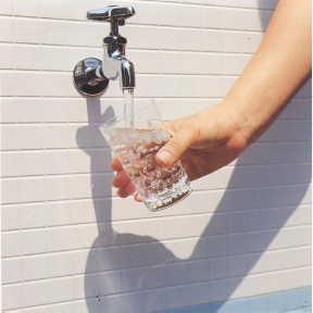 水道水飲まない奴が人口の40%超えwwwwwwwww