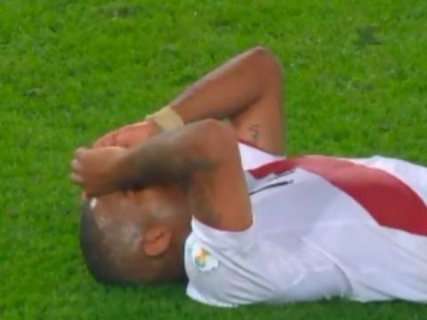 内田のチームメイト、ファルファンの涙が切ない…ペルーVSウルグアイ(動画)