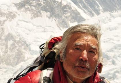 世界最高齢でエベレスト登頂に成功した三浦雄一郎さん(80)、体調不良により6500mキャンプからベースキャンプ(5300m)までヘリコプターで移動が決定