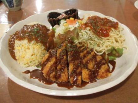 """長崎の「トルコライス」、""""母国""""トルコの料理人には難色 … 「トルコには豚カツはない」「炭水化物が同じ皿に乗ることはない」"""