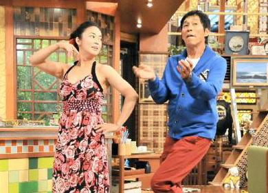 """元オセロの中島知子(42) 『さんまのまんま』に出演し、明石家さんま(58)に「吉本入り、もしくは""""さんま教""""に入れてくれ」と直訴"""