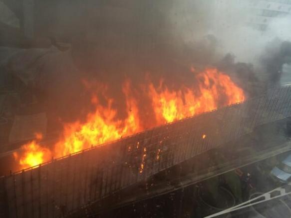 【画像】渋谷首都高三号線で火災発生