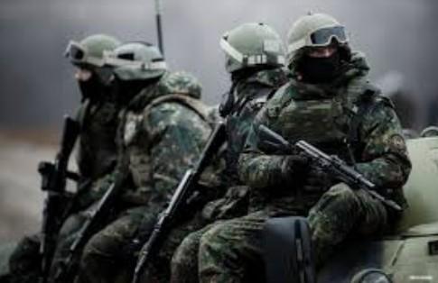 【悲報】ウクライナ国境沿いに2万人以上のロシア精鋭部隊が集結中