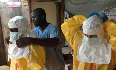 【絶望】エボラ流行はもう他人事じゃないから備蓄しとけよ・・・・・・・・