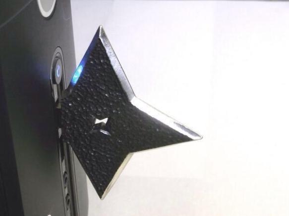 【画像】 手裏剣型USBメモリー「Ninja」がっこいいと話題にwwwwwwww