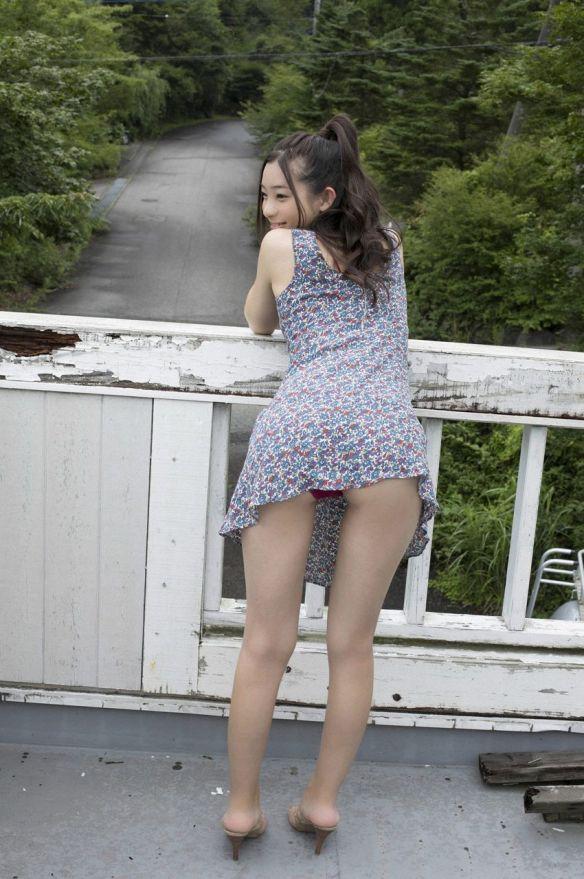 【画像】足立梨花ちゃんの下着エッチすぎワロタwwwwwwwwww