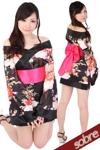 【けしからん】ミニスカ着物とかいう完全にエッチなことだけ考えて作られた衣装wwwwwwwwwww(画像あり)