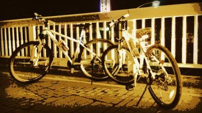 深夜サイクリング楽しすぎワロタwwwwwwwww
