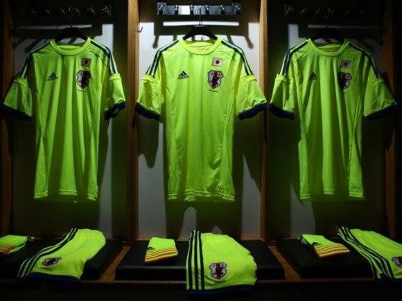 japan-2014-15-adidas-away_1.jpg