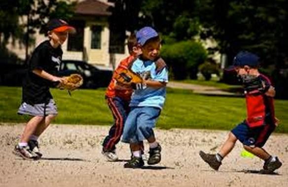 いま子供が野球で遊ぶってなったらどこでやんの?