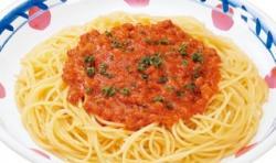 スパゲティのソースって色々あるけど、結局は「ミートソース」に回帰するよな