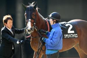 【競馬】 三冠馬オルフェーヴルの全弟・リヤンドファミユ 障害に転向