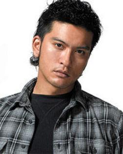 【競馬】  TOKIO長瀬智也、日本ダービーで国家独唱