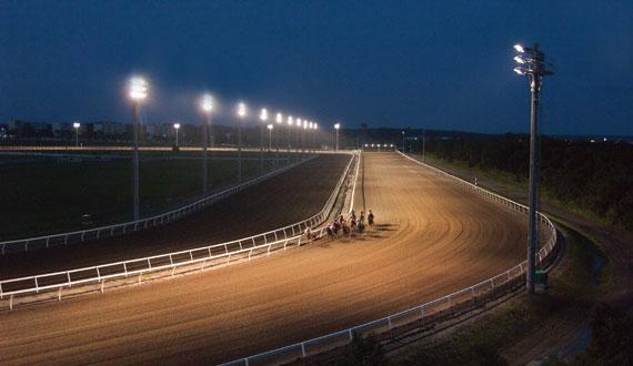 【競馬】 門別競馬場に内回りコース新設へ