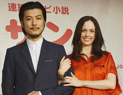 今秋放送のNHK朝の連続ドラマ 『マッサン』に、初の外国人ヒロイン起用 … 日本語はまだ話せず、通訳も同席する異例の朝ドラ会見に