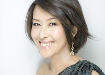 岡本夏生(48) 「女性として美しく映ろうという概念は捨てました。そこから一気に振り幅が広がった」 (画像)