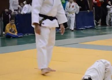 「始め!」「待て!」「礼!」 スペインでの柔道大会の動画、お辞儀や仕草が可愛いすぎると話題に (動画)