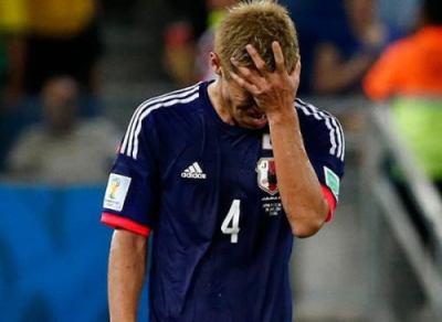 本田圭祐(28)「優勝宣言までしたのに散々な結果。口だけで終わってしまって申し訳ない」とファンへ謝罪 … 試合終了後のインタビューにて