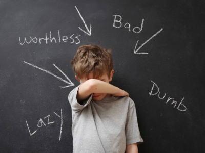 もうすぐ入学の季節、でもウチの子って他の子達と違うけど大丈夫…? 入学前にチェックしたい「発達障害のサイン」5つ