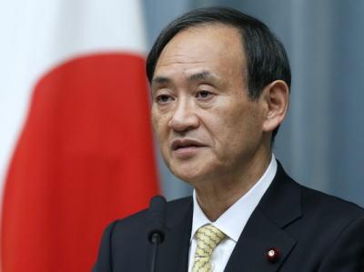 菅義偉官房長官「自衛隊は我が国の防衛を主な任務としている。自衛隊も軍隊の一つだ」「首相の答弁は、外国の軍隊との共同訓練の質問の中で自衛隊を『我が軍』と述べたもの。誤りではない」
