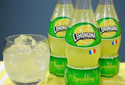 サントリー、3月31日発売の「レモンジーナ」の販売を一時休止 … 年間の販売目標100万ケースに対し2日間で125万ケース出荷、販売数量が予想を大幅に上回り、安定的に供給できないと判断