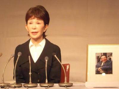 うつみ宮土理(71)、4月に死去した俳優・愛川欽也さんについて会見 「子供たちのために憲法9条を守りましょう、と愛川が言っている声が聞こえます」