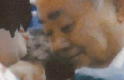 強制わいせつの疑いで刑事告訴されている茨城・八千代町長の大久保司氏(77)「うるせー。おひねりくれてやったんだから触っていいだろ」 別件で女性演歌歌手へのセクハラ疑惑(画像)
