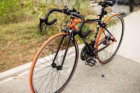 歩行者を信号無視でひき殺したロードバイク乗りが遺族に反論「前傾姿勢で信号が見えにくい。仕方ない」
