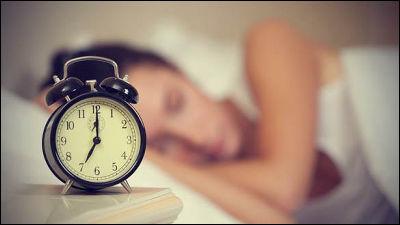 7時間以上寝る奴wwwwwwwwwwwwww