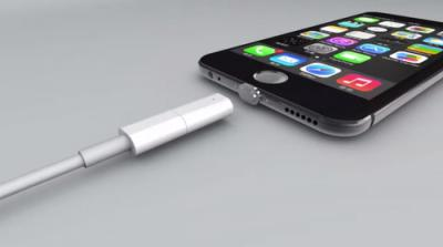 LightningケーブルをMacBookのMagSafeのようにカチャっとくっつけられる代物が登場!公式に採用しろ