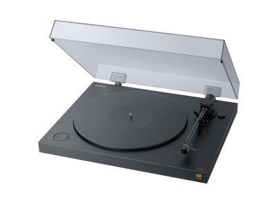 SONYからアナログレコードをハイレゾ録音できるターンテーブル。βを8K録画出来ますぐらいの違和感なんだけど