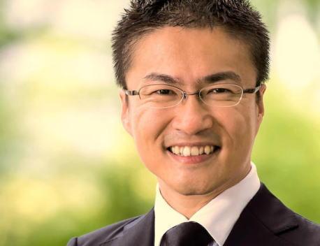乙武洋匡氏(39)参院選出馬へ、与野党各党は水面下で大争奪戦を展開 … 関係者「ミニ政党を含めあらゆる政党を検討している。年明け、正式に出馬表明する方向で調整しています」