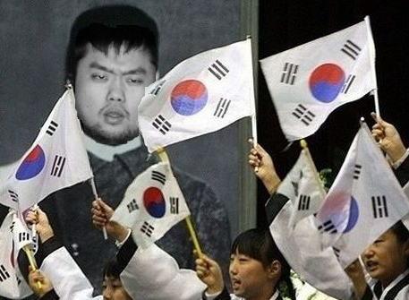 靖国爆破テロについて、韓国人「尊敬します。次は私がやります」「愛国者だね」「政府は賞を与えろ」 … 当初韓国で相次いでいた「日本人真犯人説」から一気に掌返し
