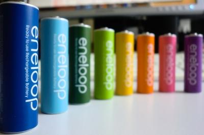 日本はなぜ高品質の電池を作れる?すぐお漏らしする海外製と大違い