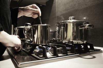 一手間、お米を炊くときに炊飯器に入れると美味いってのある?