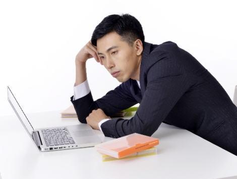 情報系学部の院卒で富○通に入社した新入社員、配属先が自分の希望とは程遠い「Excel入力作業」だった為、短期間で退職→ 匿名ブログでの愚痴に非難と同情の声