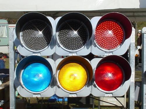 「色盲で信号の色見間違った」 タクシーと衝突し2人死なせた教師が障害への理解訴え 仙台