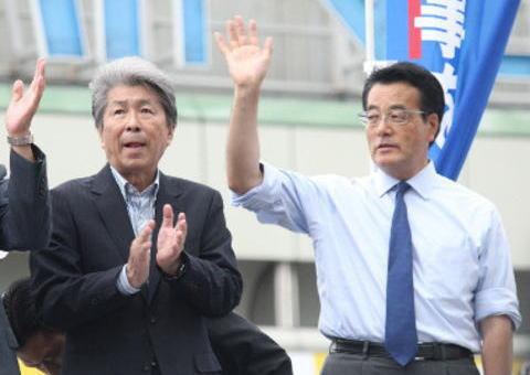 鳥越氏陣営「選挙妨害か」岡田代表の退任表明に激怒