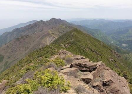 愛媛県で登山の男性が遭難か 捜索始まる