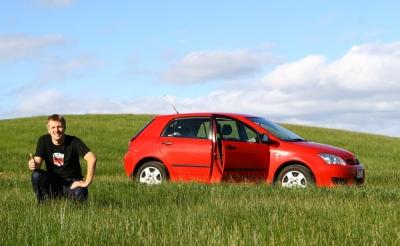 なんかたくさん売れてるからカローラの方がクラウンより良い車みたいな意見が多いな