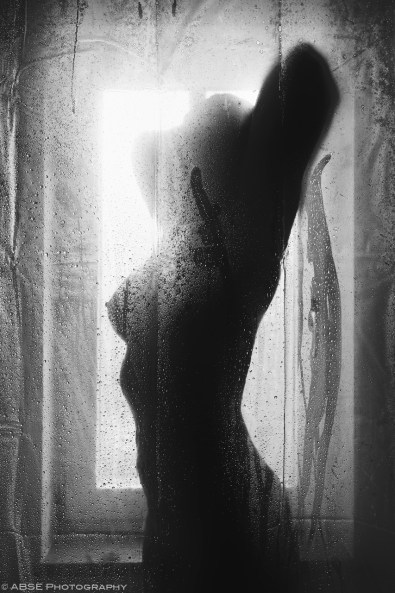 woman-shower-light-water-nude-black-and-white-003
