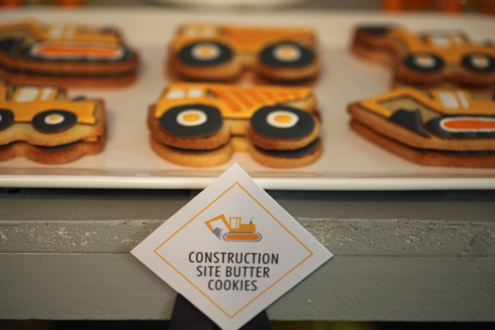 construction cookies 1 Construction Ahead Guest Dessert Feature