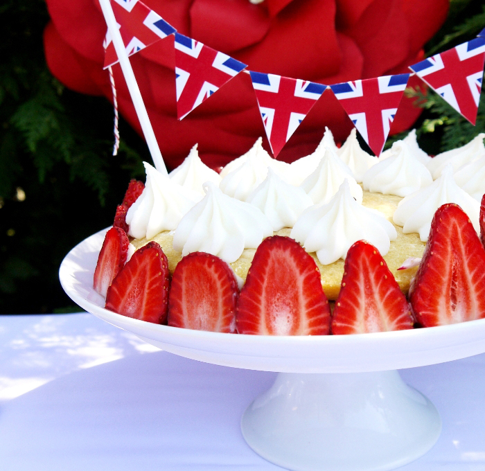 Jubilee Party NEW Phtoos by Birds Party061 Rule Brittania Guest Dessert Feature