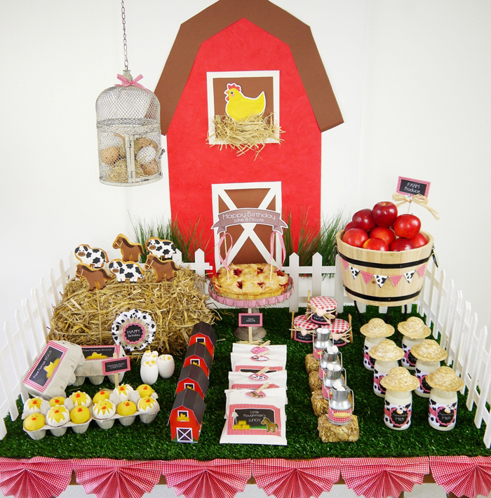 Barnyard Birthday Desserts Table1 Barnyard Birthday Guest Dessert Feature