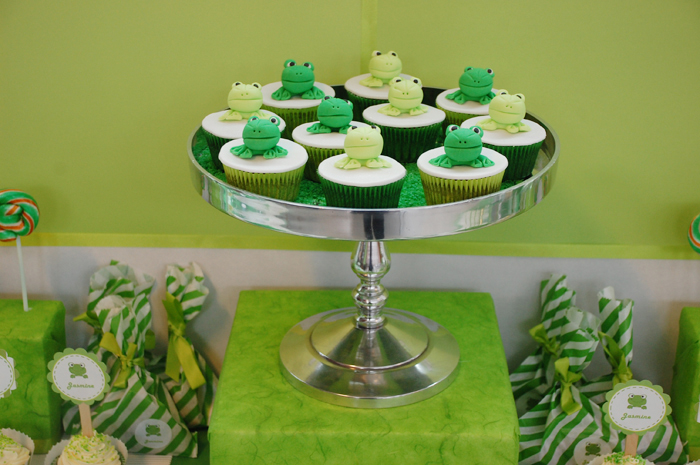 Frog Cupcakes Frog Inspired Guest Dessert Feature