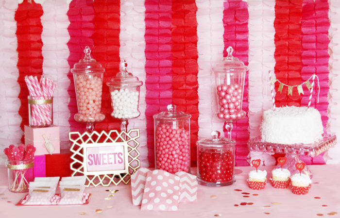 valentine table Great Finds: Valentines Day by Shop Sweet Lulu {Giveaway}